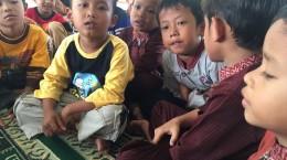 Anak laki-laki yang ikut hafalan, kelas PAUD dan TK.