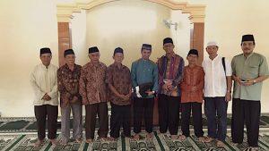 Bersama Jamaah Masjid Besar Al-Ikhlas Semin dan Camat Semin