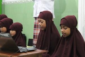 Muqoddimah dari anak-anak dengan membacakan hafalan mereka surat An Naba', An Nazi'at dan 'Abasa