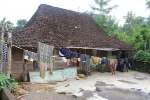 Keadaan rumah warga di Desa Girisuko